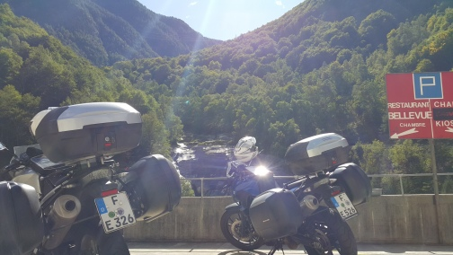 Bikes-at-Swiss-Border